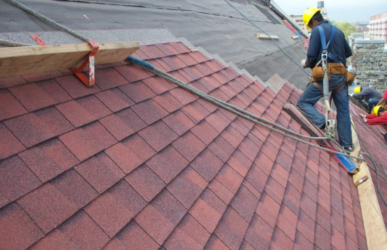What You Need to Know When Choosing a Roofing Material
