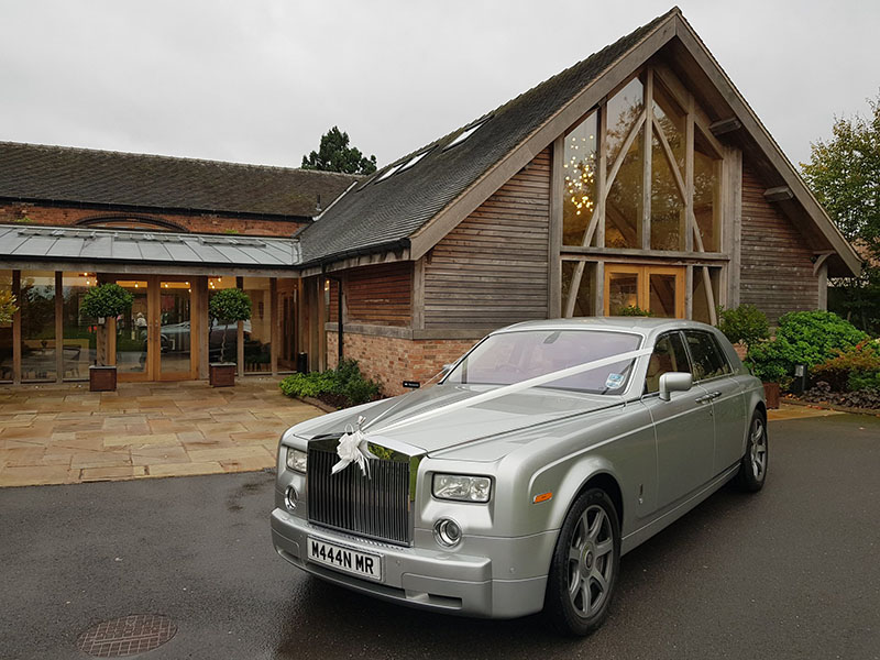 Tips to Hire the Best Luxury Car for Your Wedding