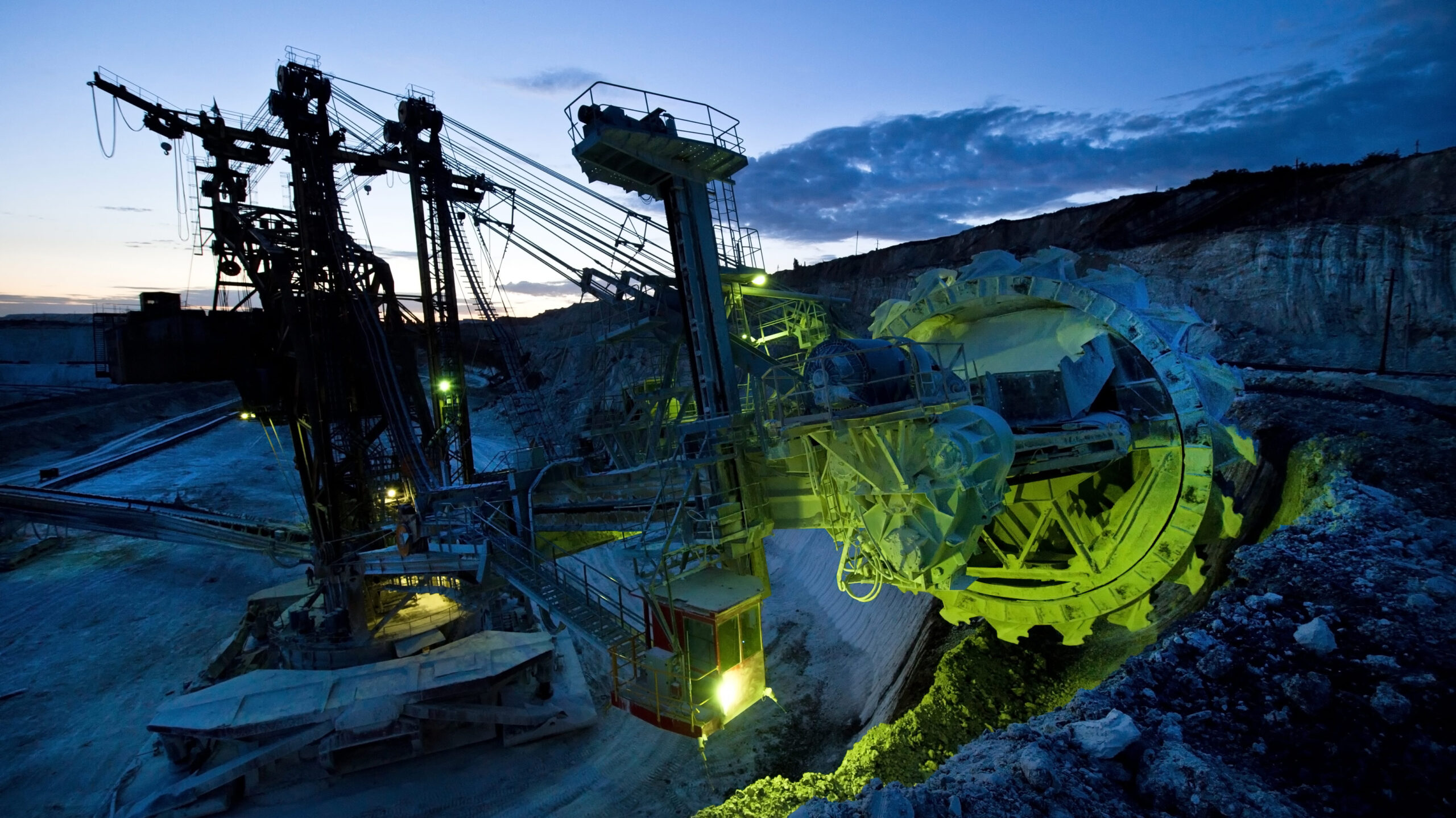 The growing importance of communication technology in mining